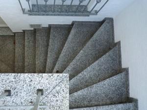 Kellertreppe aus Naturstein